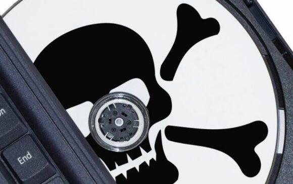 """Software pirata na empresa: cuidado para o """"gratuito"""" não sair muito caro!"""